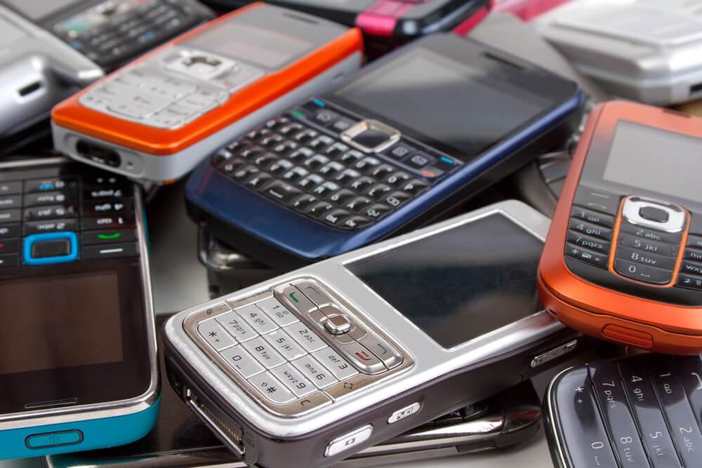 varios telefones antigos utilidades celular velho